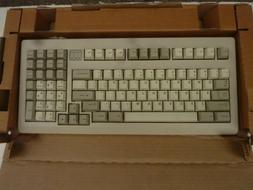 NEW IN BOX-CHERRY D-91275 MY-1800 Mechanical Gaming Keyboard